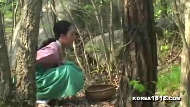 หนังxเกาหลีแนวย้อนยุค นัดสาวมาข้างลำธาร เล่นเสียวเย็ดxxxxกันสุดมันส์ ยืนเอาคาชุดเสียบสดๆ แล้วให้ดูดควยจนแตกใส่ปากล้างท่อควยให้หมดจน