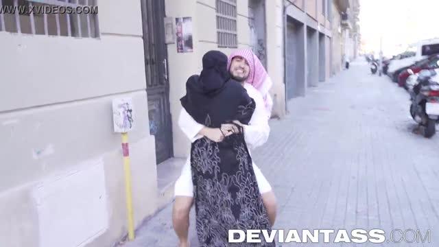 หนังโป๊xxx เย็ดหีสาวอิสรามนมใหญ่โดนจับมาซอยหีสุดมันส์