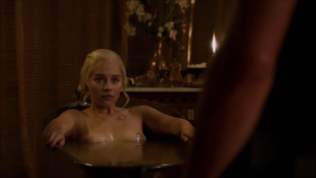 ฉากเด็ดxxxจากหนังดัง Game of Thrones โดนแม่ทัพเย็ดหีจนครางลั่น Emilia Clarke ซอยหีโหดในท่าหมา ต้องเย็ดทั้งน้ำตาจนจบเรื่อง