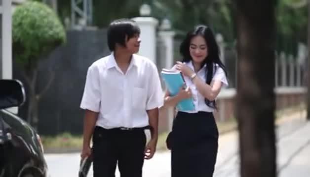 หนังโป๊ไทยรักสามเศร้าเราสามเสียว นัวกันเพลินเกินห้ามใจ