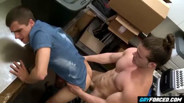 คลิปโป๊ชายชาย Gay Therapy Fucked เกย์แอบเย็ดในห้องลองเสื้อ