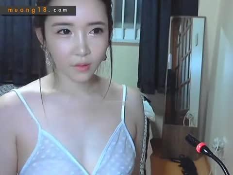 เว็บแคมCamfrogเกาหลี หุ่นเธอเด็ดมากแก้ผ้าถอดโชว์เนินอกสุดเสียวเลย โดนไปเต็มไม้เต็มมือ