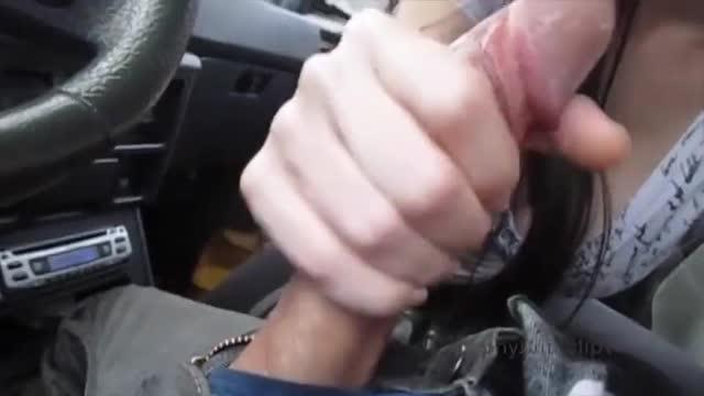 HD porn เดทแรกของเขายังไม่ทันไปถึงไหน ก็จอดรถอมควยบนรถสะแล้ว
