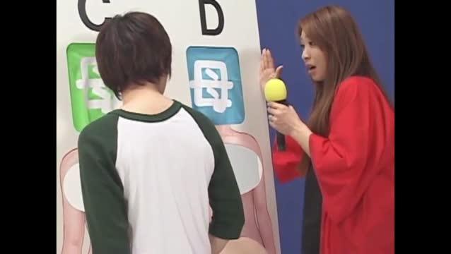 Av game show อิจฉามาก หนุ่มผู้โชคดีได้รางวัลเสียวเย็ดหีสาวสวยฟรีกลางรายการญี่ปุ่น18+