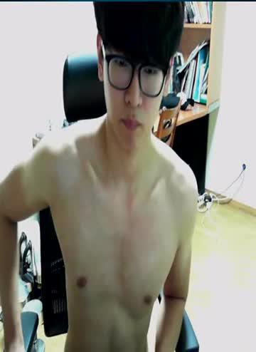 หลุดแคมฟรอกเกย์เกาหลีใต้ หน้าอ้ปป้าหล่อ CUTE GAY WEBCAM โชว์ควยปั่นชักว่าวหน้ากล้อง