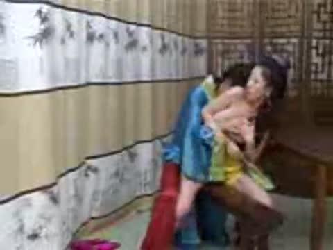 หนังXจีน นั่นหัวนมหรือกรวงแหลมน่าเลียดูแล้วควยโด่