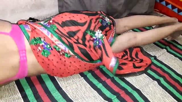 คลิปxxxสาวใหญ่อวบๆโดนแฟนหนุ่มรุ่นน้องจับแก้ผ้าเย็ดหีในห้องนอนเย็ดสดแตกในโครตฟิน