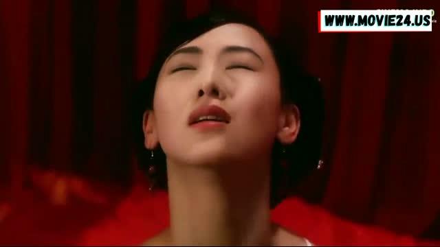 นางเอกหนังโป๊จีนผู้โด่งดัง Julie Lee ฉากเย็ดสุดเปลืองหีเปลือยเต้านม Sex And The Emperor (1994) เจ้าชายเย็ดมั่วนางสนมในวังจนตัวติดโรคซิฟิลิส น้ำแตกตายคาหีจนได้