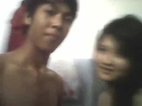 คลิปโป๊เสียงไทย เป็นวัยรุ่นมันเงี่ยน คู่รักตั้งกล้องเย็ดกันในห้องน้ำแนวบ้านๆ