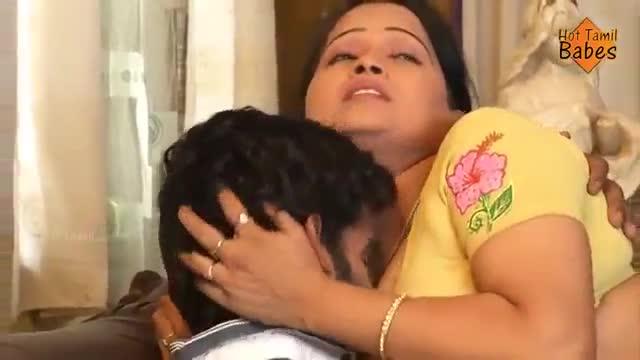 หนังRสาวอินเดียส่ายเก่ง ยั่วควยสะใจมากนั่งบดหัวควยเน้นทุกเม็ด xvideos ถูกแขกดูดนมจนเคลิ้มยอมเสียตัวให้เลยค่ะ