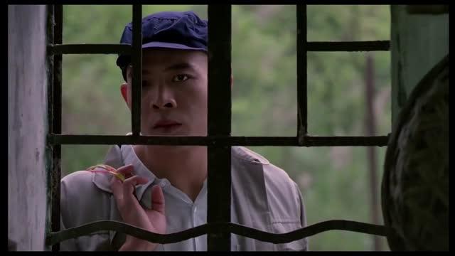ฉากหนังเรทxxx18+จีน นมสวยหัวนมชมพู จุกนมอย่างสวย เย็ดกันในโกดังวันหยุด ผมเงี่ยนคุณช่วยเป็นนางเย็ดให้ผมได้ไหม