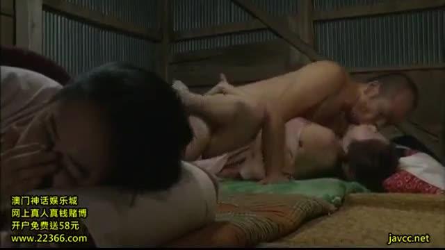 หนังโป๊เกาหลี ผัวเมียสุดเงี่ยน เลยจัดหนัก เย็ดท่า 69 สุดเสียว