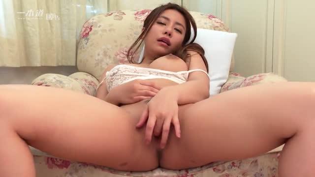คลิปโป๊ญี่ปุ่นjav สาวสวยร่างอวบมาโชว์เกี่ยวเบ็ด หน้าตาXมาก เงี่ยนจัด หีสวยมาก ขาวน่าเย็ด
