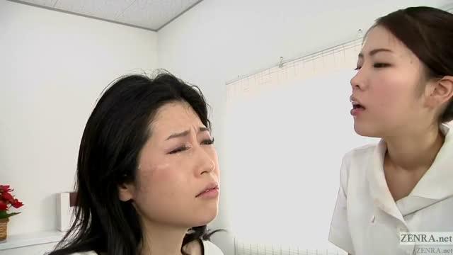พยาบาลสาวอยู่ ๆ ก็เงี่ยนเลยจับคนไข้เลียทั้งตัว จนหีเปียกแฉะไปหมด อย่างเด็ดxxx