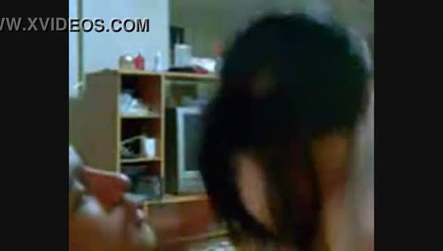 คลิปหลุดถ่ายกันเองแล้วหลุดเย็ดกับแฟนสาวพยาบาลสุดสวยsexy เลิกงานเก็บกดมานาน จัดหนักกับผัว